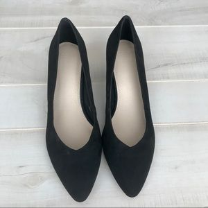 Never worn ASOS Black Suede Kitten Heels Size 9